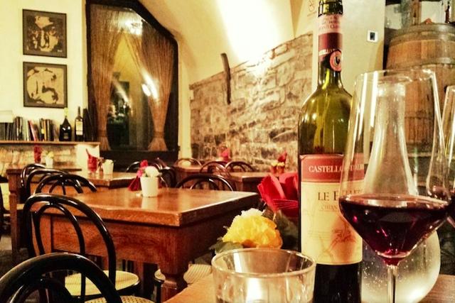 divino wine bar como enoteca