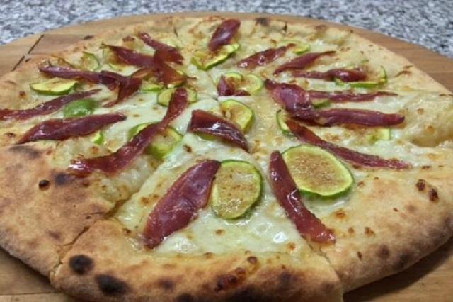 la nostra pizza mignagola carbonera