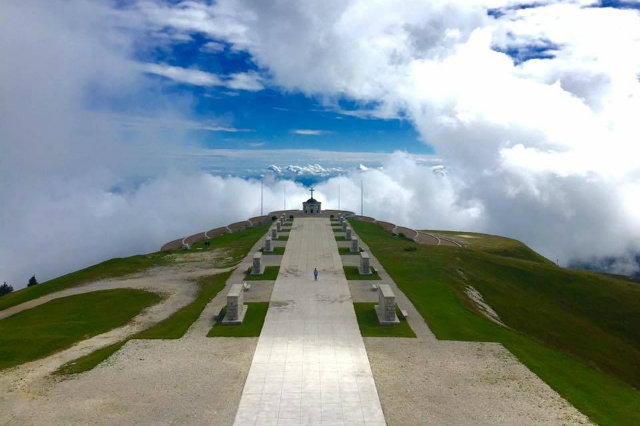 monte grappa bassa https://www.facebook.com/visitmontegrappa/photos/a.1724265997839795.1073741829.1719838758282519/1731199400479788/?type=3&theater