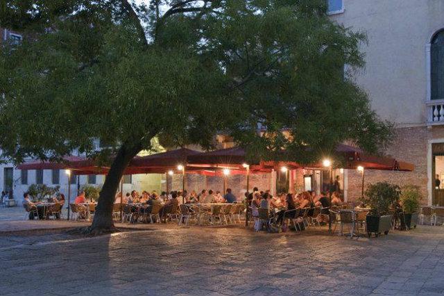 birraria la corte venezia mangiare all'aperto