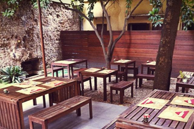 Giardino Zen Rimini: Zottoz cappe per camini a legna.