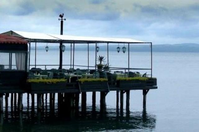 ristorante le papere bracciano palafitta ristoranti lago di bracciano romantico aperitivo pesce fresco roma provincia