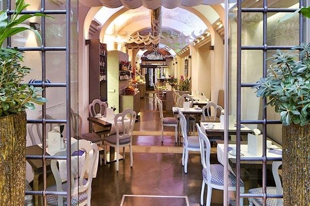 benedicta https://www.facebook.com/ristorante.benedicta/photos/a.303256553028087.73742.273375769349499/1523450507675346/?type=3&theater