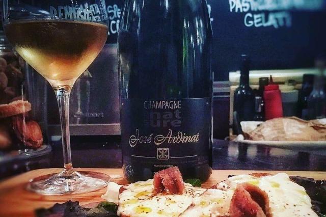 remigio champagne e vino enoteca tuscolano roma aperitivo in enoteca champagne bollicine