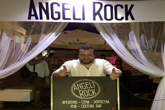 angeli rock max monet