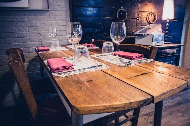 idee per serate di coppia a roma osteria mavi