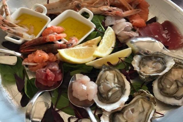 ristorante cavalluccio marino santa marinella roma litorale sulla spiaggia i migliori ristoranti sul mare di roma pesce fresco frutti di mare