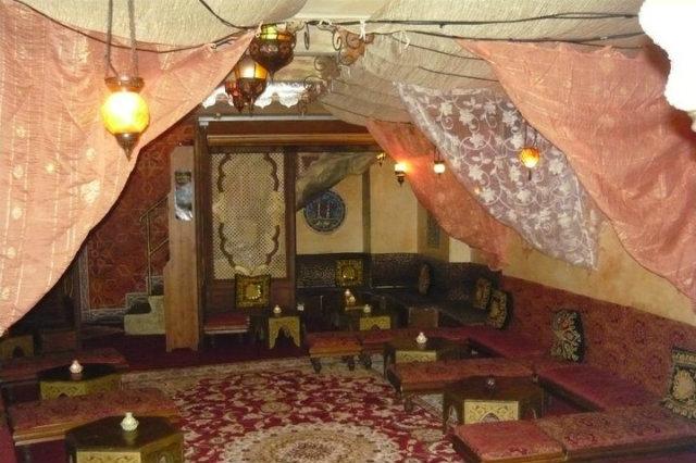 shisha narghilé, napoli, sapori d'oriente a napoli, dove mangiare arabo a napoli