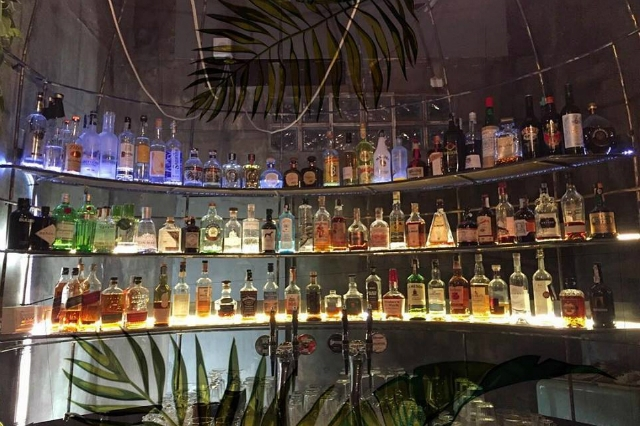 la scimmia cocktail experience i migliori cocktail bar di san giovanni roma alberone tiki bar miscelazione mixologia