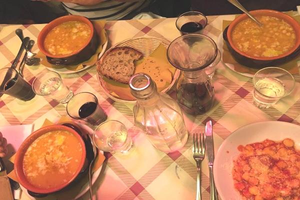 enzo al 29 via dei vascellari trastevere roma trattorie popolari ristorante ristoranti storici roma centro cucina romana tradizionale pasta e fagioli