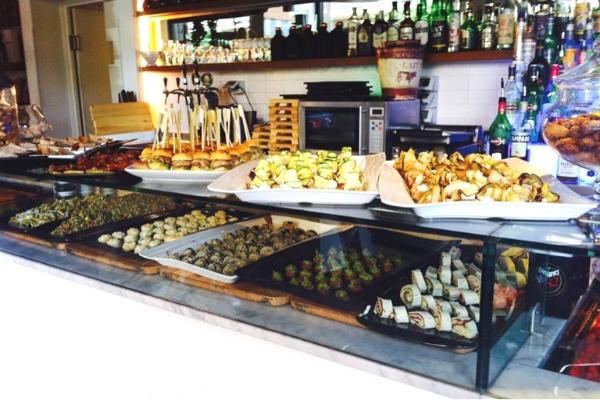 abitudini e follie roma piazza bologna cocktail buffet illimitato slow food aperitivo guida ai migliori aperitivi di roma quartiere per quartiere la sapienza piazza bologna