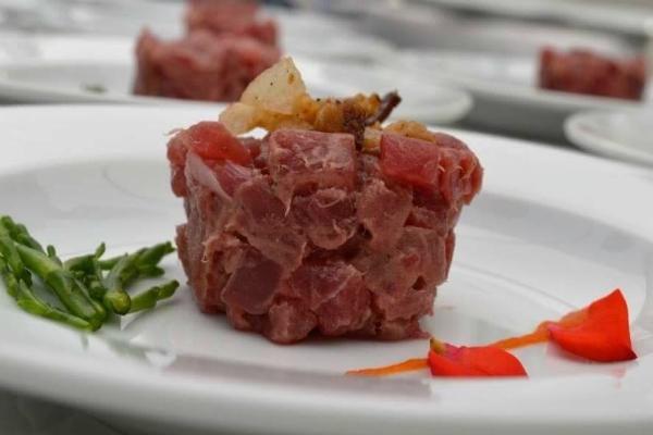 cru.dop crudi di pesce nestor grojewski tartare tonno mela quadraro wine bar ti consiglio 5 tartare imperdibili roma
