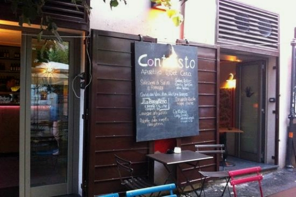 contrasto pigneto cocktail bar bistrot giovani studenti low cost movida struscio guida migliori cocktail quartiere per quartiere pigneto