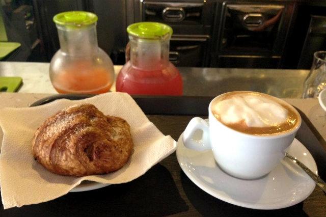 feliz café brescia lago di garda colazione vegana