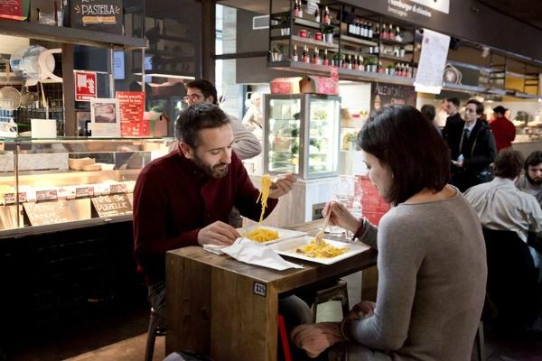 mercato centrale termini stazione roma treni mangiare alla stazione termini cibo da strada ristoranti trattorie