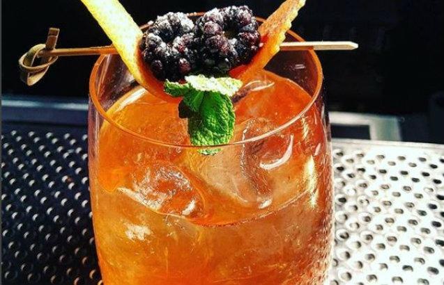 cocktail bar in veneto
