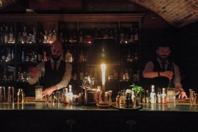 rasputin gin bar cocktail firenze  https://www.facebook.com/rasputinfirenze/photos/a.964954590278592.1073741828.951205018320216/1102751053165611/?type=3&theater
