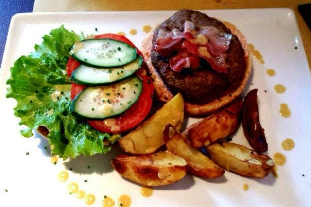 bond hamburger milano