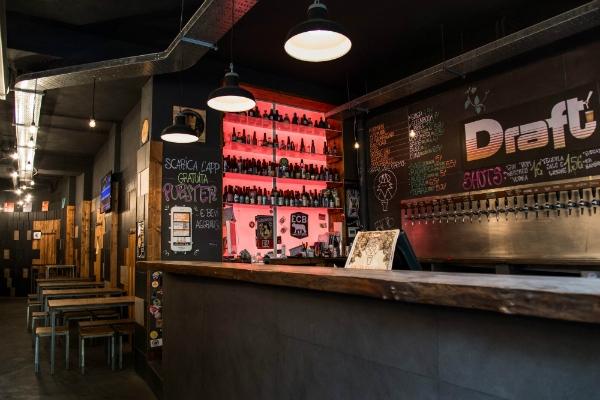 draft birra cocktail aperitivi roma la sapienza piazza bologna locale bar guida ai migliori aperitivi di roma quartiere per quartiere città universitaria e piazza bologna