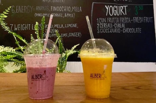 alberò juice bar firenze https://www.facebook.com/1682878441988907/photos/a.1704849846458433.1073741830.1682878441988907/1704849776458440/?type=3&theater