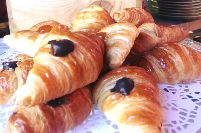 tira e molla migliori posti per la colazione a roma san giovanni cornetti artigianali all'aperto