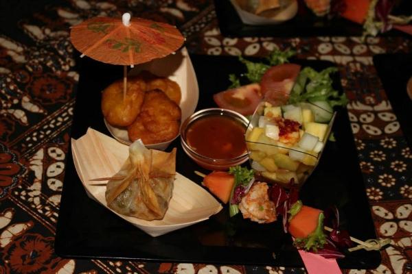 bali bar roma trastevere ristorante balinese aperitivo balinese etnico cocktail frutta esotica sfizi finger food migliori aperitivi etnici a roma