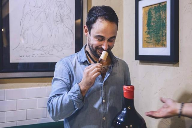 intervista valerio salvi taverna cestia trattoria ristorante roma tradizionale cucina romana vino sommelier vino naturale amatriciana