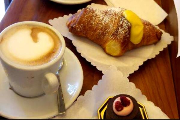 pasticceria barberini testaccio via marmorata cornetto cappuccino classifica migliori 10 colazioni al bar di roma