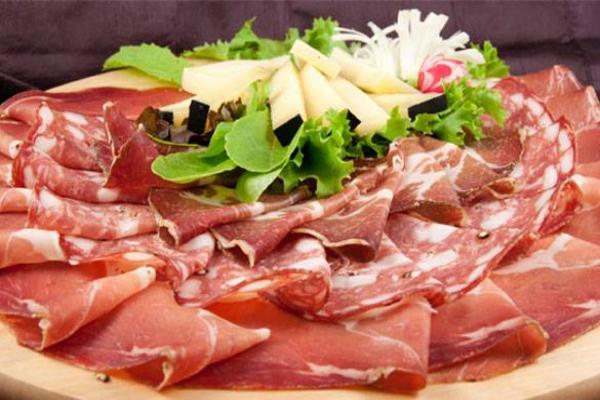 la schiacciateria dei maledetti toscani roma montesacro cucina tradizionale toscana ribollita salumi formaggio pecorino toscano