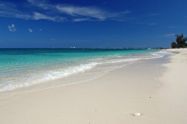 seven mile beach, grand cayman https://www.flickr.com/photos/bz3rk/3529324557/in/photolist-6nshep-6nshjf-e2af7e-e29to5-e2arkj-6nwsfo-kh7gi-6nsgwm-6nshot-e24kft-5bdeeh-9xt62c-512ksh-512ksw-4zxxfz-6nsguz-endhnc-dpmnbt-98xdj2-991mxh-9xqdbz-512kus-2yfbwi-2yk4tq-2yfctp-5vjwzu-mq5d5-u7ruwc-e24jjx-5wrhit-e12gkh-5wrgfx-5wvfxo-7wsycu-6tyfnu-4nvqbz-e24kbk-enr8yj-enr8xj-6tts6x-8jtjv3-5vvrat-5vqmzv-5wqsqt-5skp35-5vhfda-4pdanf-endfpr-5vhxq3-5vdczr