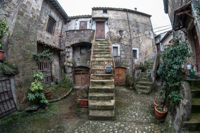 luoghi magici vicino roma calcata