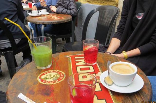bar san calisto trastevere migliori dive bar di roma tradizione antico drink aperitivo