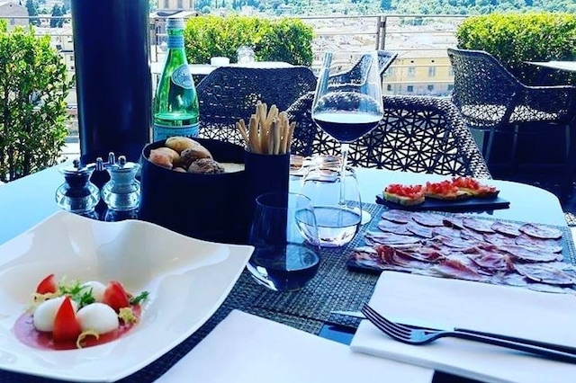 sesto on arno pranzo firenze https://www.facebook.com/westinexcelsiorflorence/photos/a.88070160919/10155586434285920/?type=3&theater