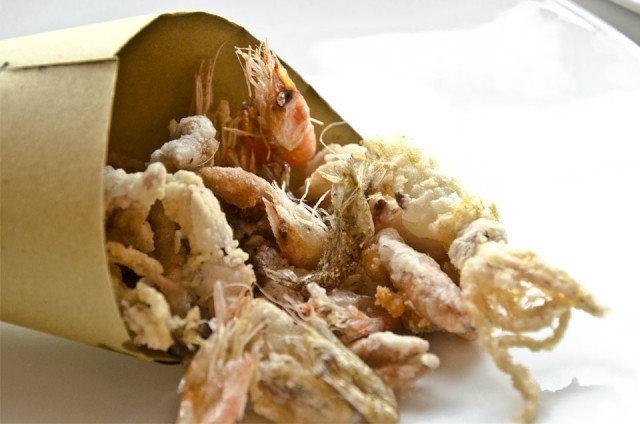 cartoccio pesce fritto