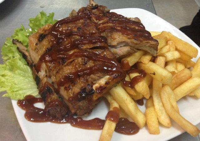 carne irlandese foto timeout time out di bari da pagina facebook del locale foto interna