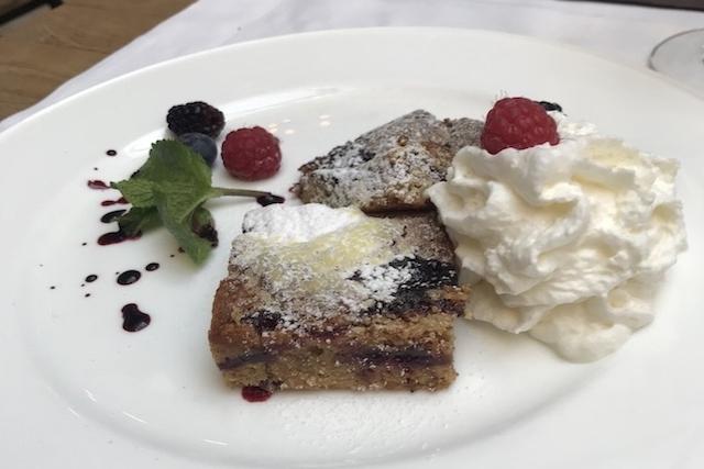 delicatessen dessert