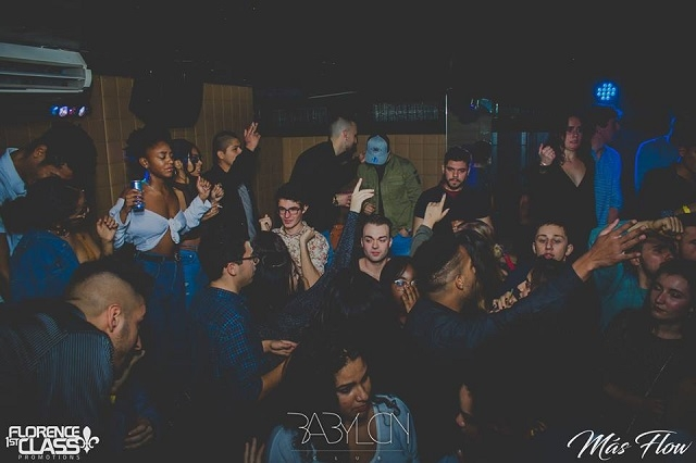 babylon club https://www.facebook.com/babylonclubofficialpage/photos/a.624506541006773.1073741938.382813321842764/624515287672565/?type=3&theater