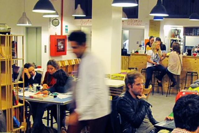 I locali dove vanno gli hipster a milano for Spirit de milan aperitivo