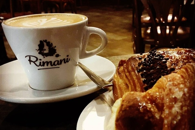 rimani firenze caffè speciali firenze https://www.facebook.com/rimani.firenze/photos/a.286378134724251.86107.182425135119552/1420885007940219/?type=3&theater