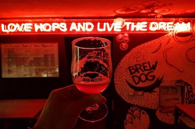 brewdog https://www.facebook.com/brewdogfire/photos/a.326639637483269.1073741828.325450264268873/1034300536717172/?type=3&theater