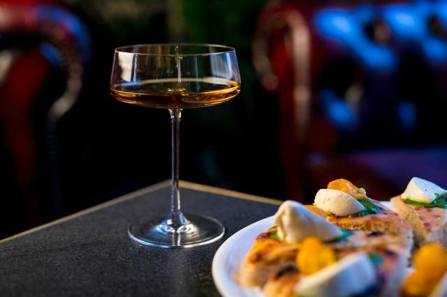 blind pig roma migliori cocktail bar di san giovanni pizza pairing mixologia miscelazione