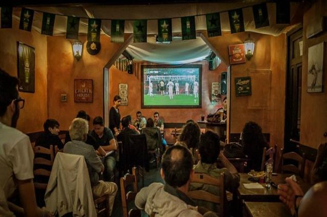 angeli rock roma ostiense dove andare a vedere le partite a roma calcio serie a roma lazio pub cena fuori amici campionato