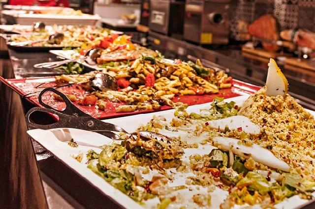 rosso eat drink stay aventino roma pranzo buffet formula pranzo a roma vegetariano pasta riso