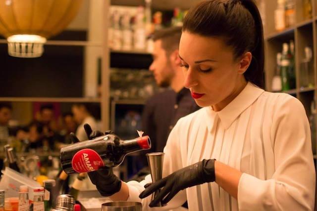 rachele giglioni rivalta cafè firenze bartender barlady https://www.facebook.com/rivaltacafe/photos/a.247334542046374.54187.243652262414602/990425427737278/?type=3&theater