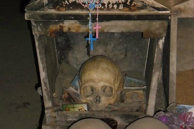 cimitero delle fontanelle, luoghi del mistero, halloween napoli