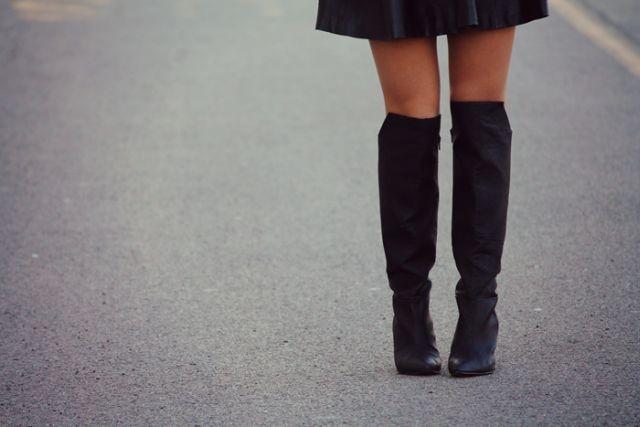 stivali sopra al ginocchio