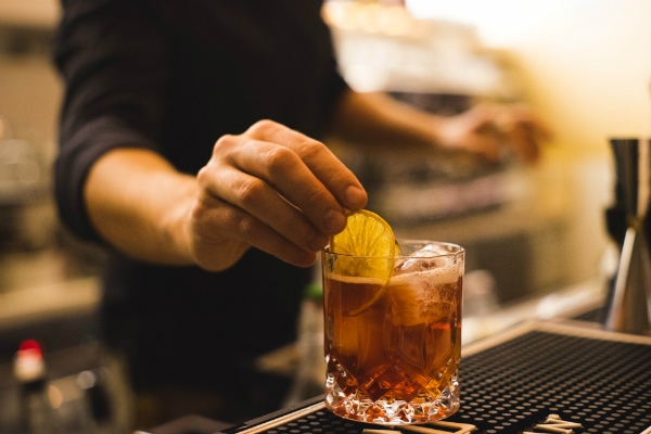 giulio albertelli stazione 38 barman mixologist patron intervista marconi ostiense bistrot cocktail bar foto 4