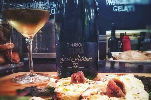 remigio champagne enoteca tuscolano vini naturali a roma champagne naturale degustazioni aperitivi