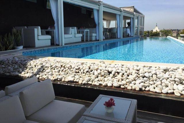 aperitivo in hotel di lusso roma boscolo exedra hotel