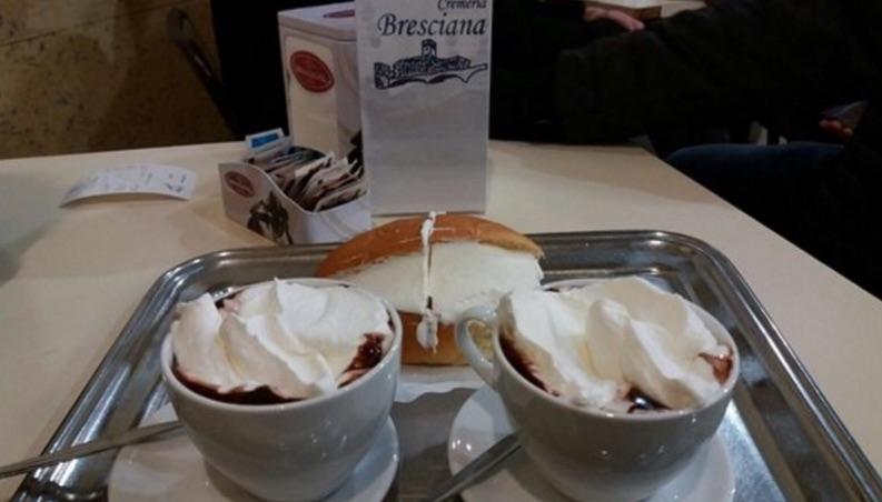 la bresciana caffè con panna